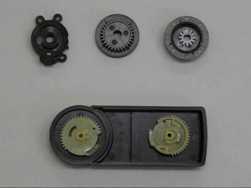 プラスチック製機械部品