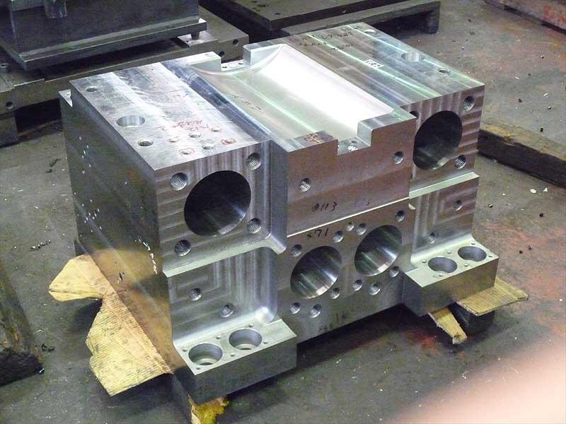 製鉄機械部品