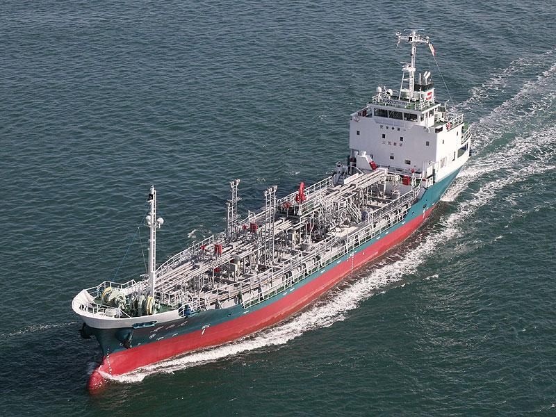 本瓦造船株式会社